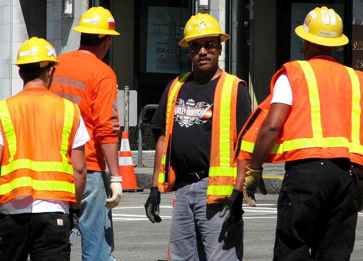 Construction firms stagger shifts to comply with new COVID-19 regulation & keep tradies safe